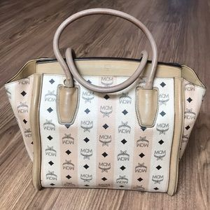 💯 % authentic MCM large tote
